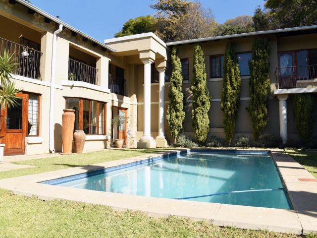 5 Bedroom House In Northcliff