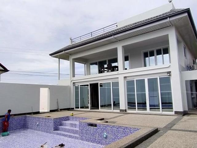5 Bedroom House In Pooc, Talisay City, Cebu Furnished
