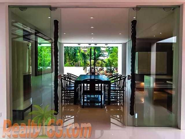 5 Bedroom House & Lot For Sale In Quezon City