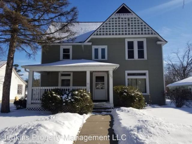 5 Bedroom House River Falls Wi