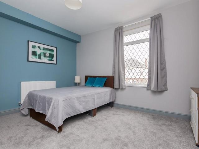 5 Bedroom House Share To Rent