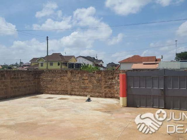 5 Bedroom Maisonette With A Study Room And A Garage In Thika, Ngoingwa