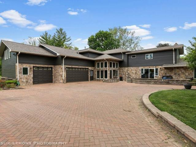 5 Bedroom, West Chicago Il 60185