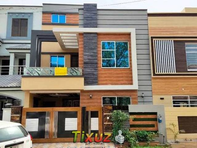 5 Marla Brand New Luxurious House Bb Block Sector D Bahria Town Lahore