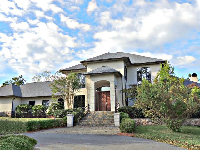 5 Room Luxury Detached House In 1367 White Eagle Ranch Road, Hickory Point, Clarke County,...