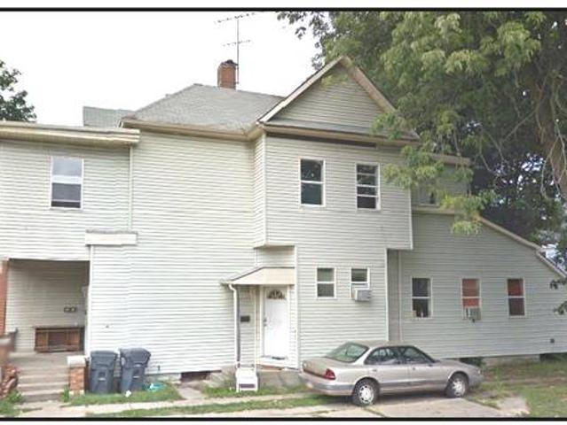 5 Unit Apartment Building In Anderson, Indiana