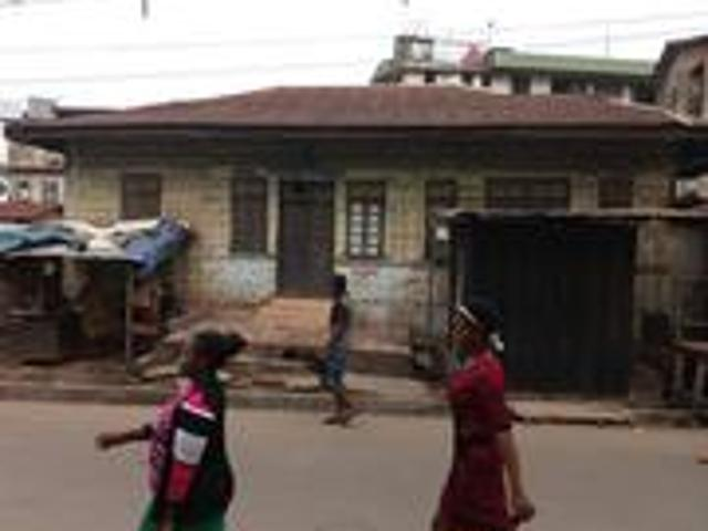 5bdrm Bungalow In Onitsha For Sale