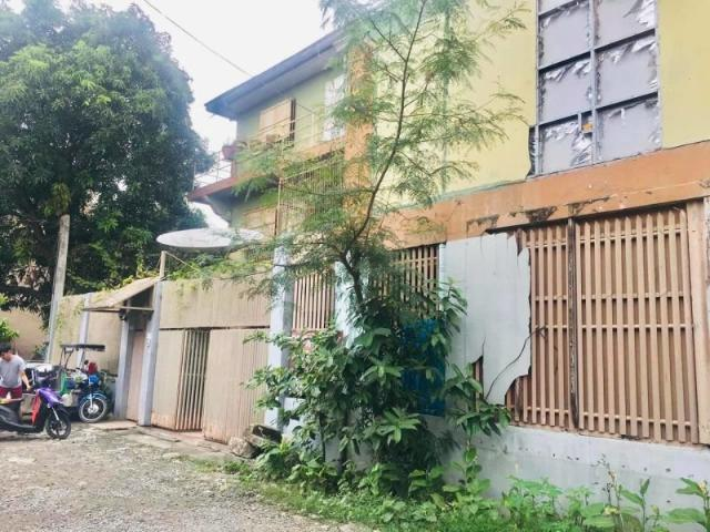 5br House And Lot Near Sm City Bacoor Aguinaldo Highway