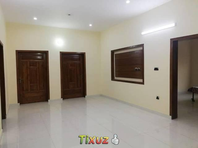 5marla Poration Flat For Urgent Rent For Office In Allama Iqbal Town