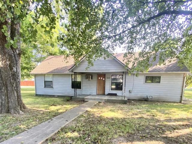 604 N Panther Avenue Yellville, Ar 72687