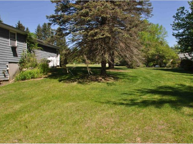 616 Page Road, Bow, Nh 03304