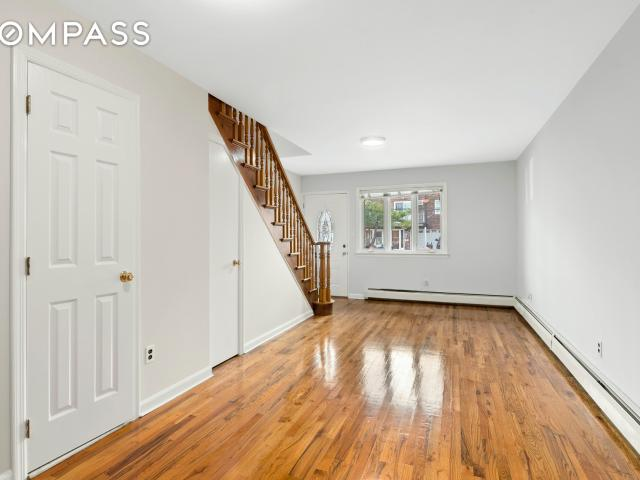 63 66 72nd Street, Queens, Ny