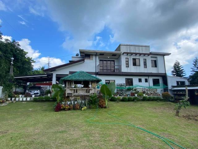 648sqm 6br House & Lot Amadeo Cavite