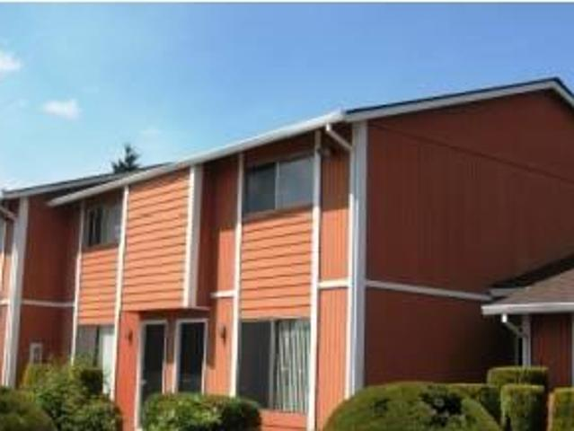 $675 / 2br 990ft² Townhouse, W/d Hookups, Laundry Room Onsite, Be Happy! ☻ Woodburn