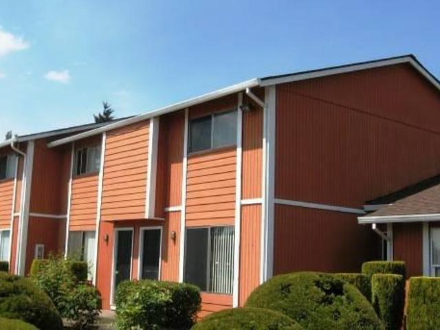 $675 / 2br 992ft² $300.00 Off First Month Rent! Apply Today! Spacious 2b, 1.5 Bath