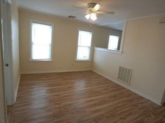 69 Jencks St Apt 3, Fall River, Ma 02723