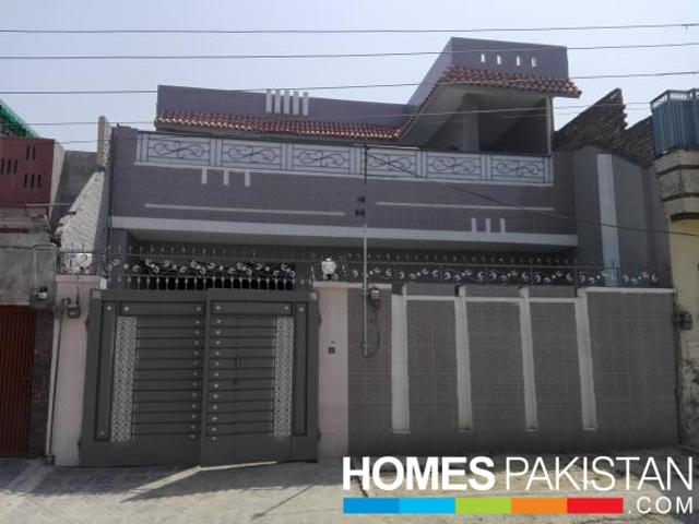 6.5 Marla 6 Bedrooms Good Location House For Sale