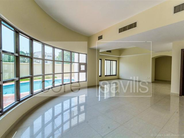 6 Bed Family Friendly Villa With Private Pool In Khalidiya Aed 330,000