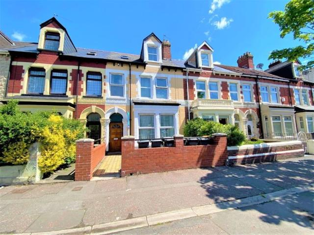 6 Bedroom Commercial For Sale In Clive Street Grangetown Cardiff Cf11 7hn On Boomin