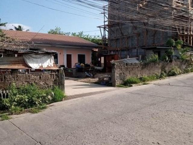 6 Bedroom House For Sale In Barangay I, Batangas