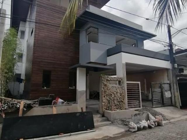 6 Bedroom Modern Single Detached House And Lot In Antipolo