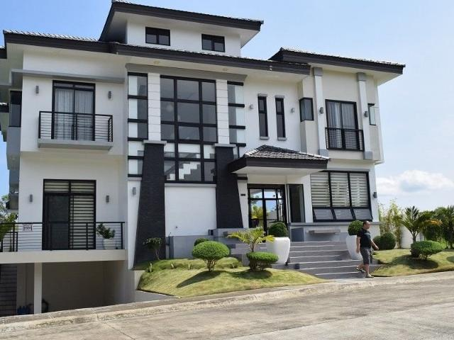 6 Bedrooms Seaside Living House With Fantastic View
