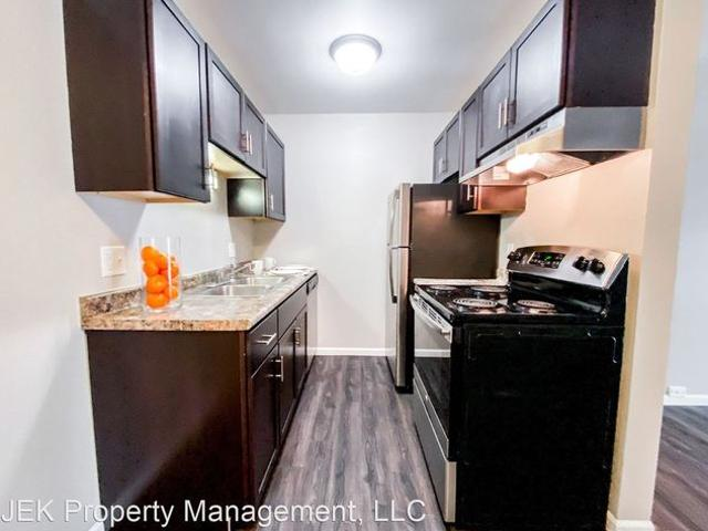 700 W Badger Rd, Madison, Wi 53713