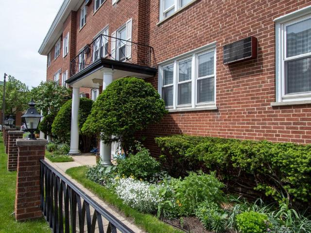 7318 Lake St Apt 8 River Forest, Il 60305