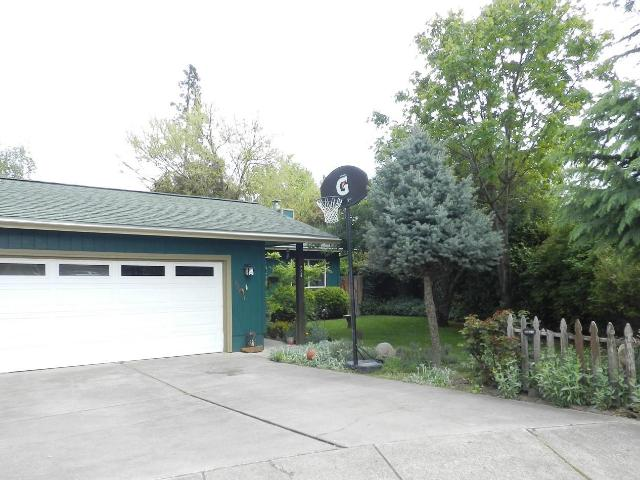 737 Hemlock Ct, Central Point, Or 97502 1118172   Realtytrac