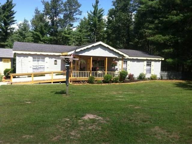 $745 / 3br Forest Lake 3 Bedroom Home For Rent