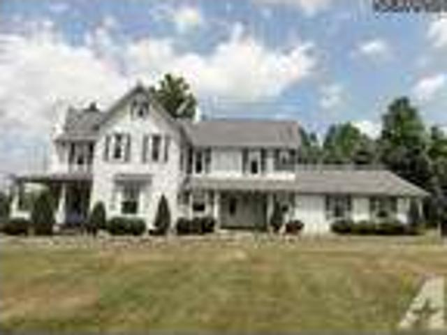 $750000 Commercial/residential On 7.19 Acres W/ Barn 8920 Cleveland Ave