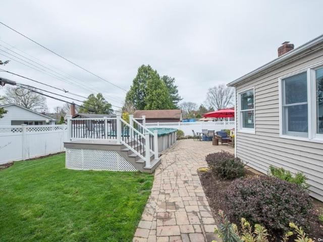 78 Hawthorne Road, East Norwich, Ny 11732
