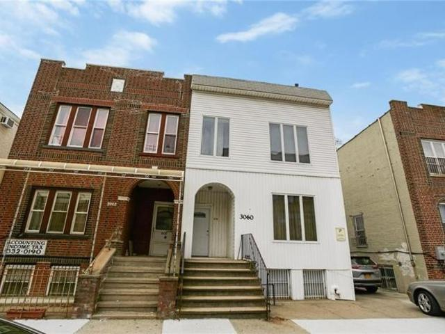 7 Bedroom Single Family Home Brooklyn Ny For Sale At 1299000