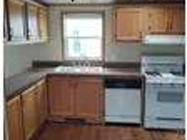 7 Weavers Court For Rent In Paxton, Il