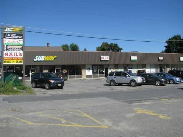$800 / 1000ft² Office / Retail Space