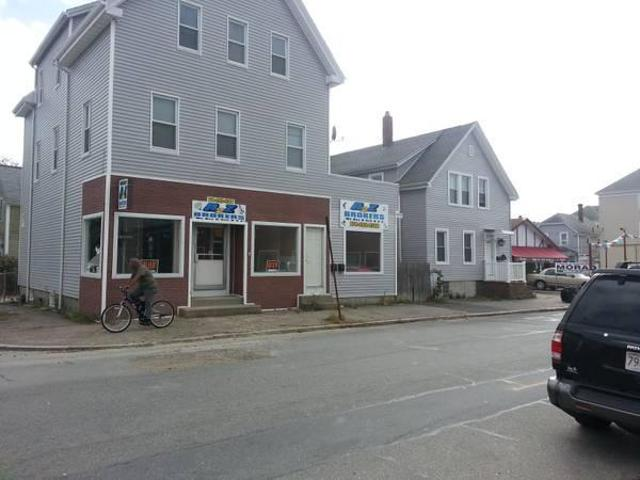 $800 / 1000ft² Retail/commercial Space For Rent