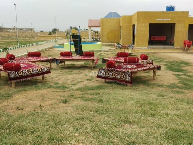 800 Square Yard Commercial Land For Sale In Karachi Block 7