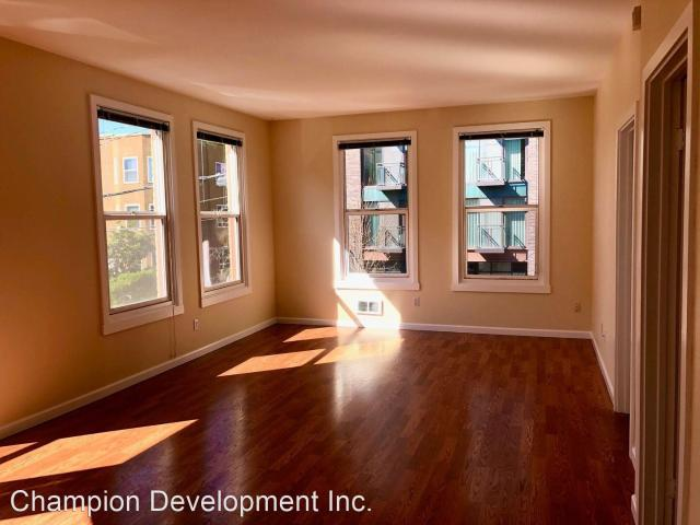 815 East Denny Way 1 Bedroom Apartment For Rent At 815 E Denny Way, Seattle, Wa 98122 Broa...