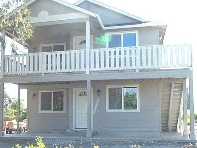 $825 / 3br 1110ft² 636 Valley Heart Lane Central Point