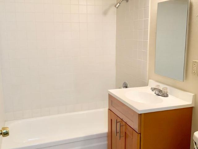 87th Street 407 411 2 Bedroom Apartment For Rent At 87th Street 407 411, Daly City, Ca 940...