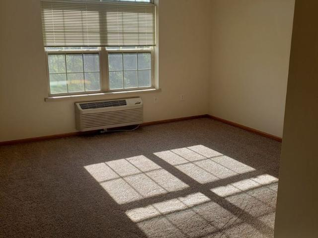915 Ellis Ave 2 Bedroom Apartment For Rent At 915 Ellis Ave, Baraboo, Wi 53913