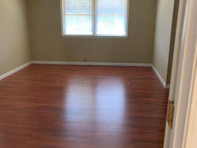 9189 Highway 105 South Studio Apartment For Rent At 9189 9189 Highway 105 South, Banner El...