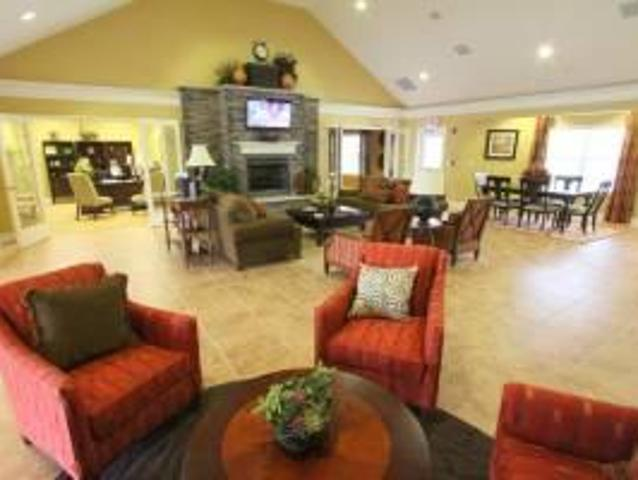 $950 / 2br 1065ft² Some Of The Best Things Are Free! 1st Month On Us @ Centennial Village ...