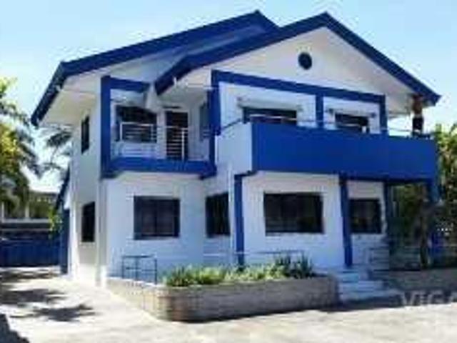 971 Sqm Beach House For Sale