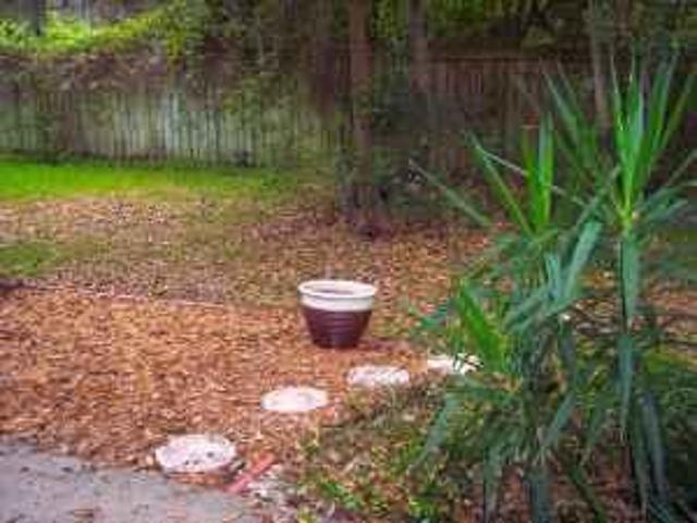 $975 / 4br 4bd/3.5ba Townhouse Amazing Deal! 2 Miles North Of Uf