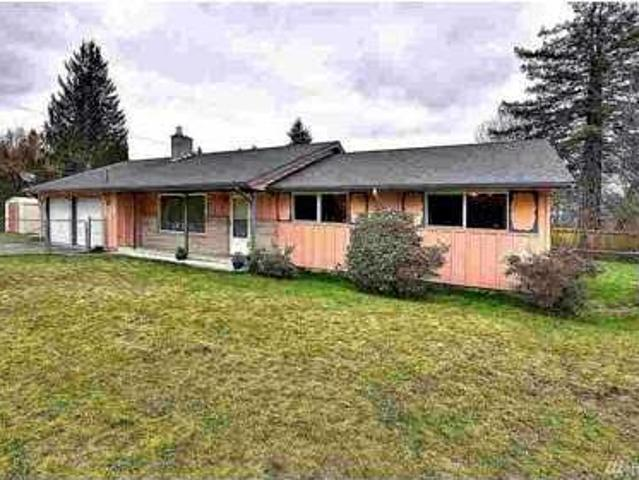 9915 Woodland Ave E Puyallup Three Br, Great Home Close To