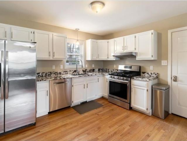 9 Lovers Lane, Medway, Ma 02053