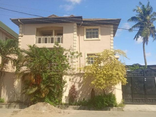 A Clean Block Of 6 Units Of 3 Bedroom Flat For Sale In Aguda, Surulere, Lagos