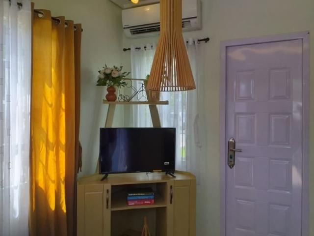 A Three Bedroom House With Parking In Cavite Area