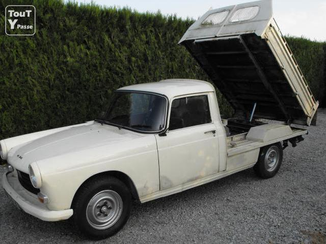 dimension garage peugeot 404 coupe a vendre. Black Bedroom Furniture Sets. Home Design Ideas